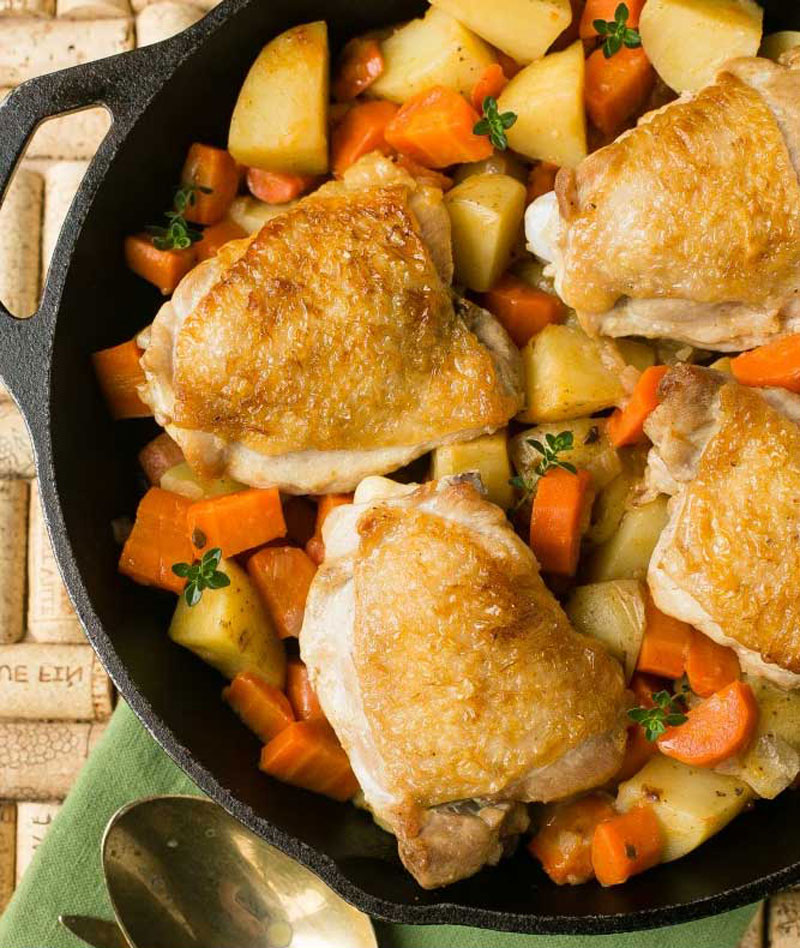 Chicken-Thighs-With-Carrots-and-Potatoes
