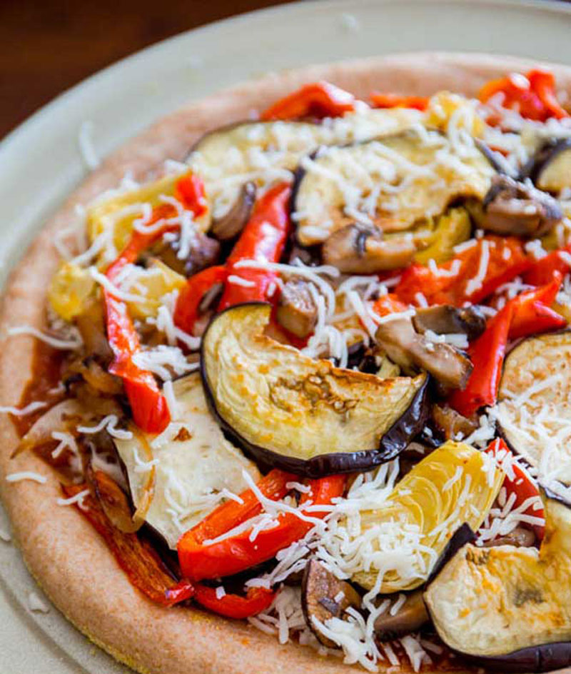 Crunchy-Whole-Wheat-Veggie-Pizzas