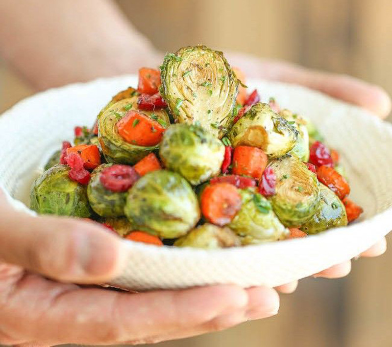BALSAMIC-ROASTED-BRUSSELS-SPROUTS-AND-CARROTS