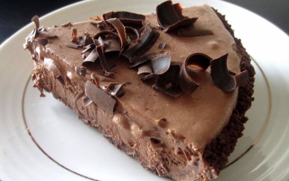 Bobbys-Lighter-Frozen-Chocolate-Mousse-Pie