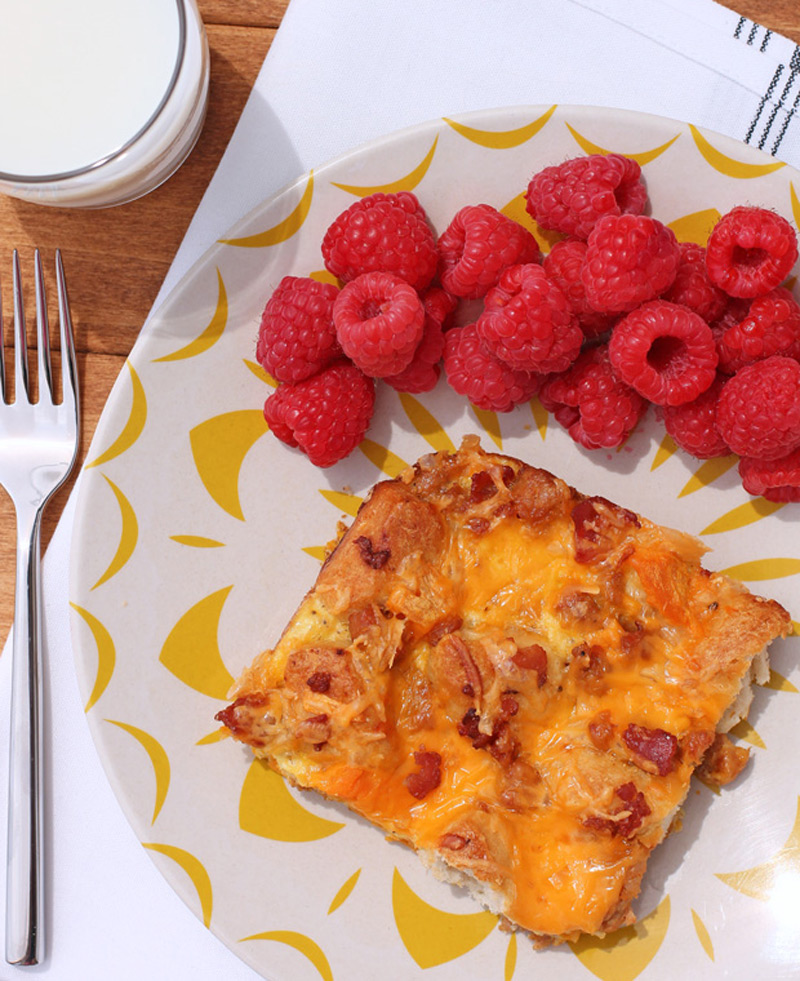 Bubble-Up-Breakfast-Casserole-2