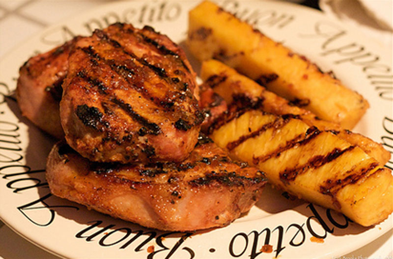 Grilled-Pineapple-Pork-Chops