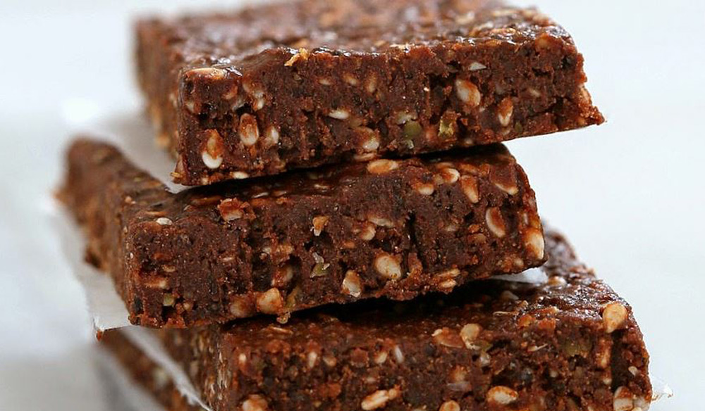 No-Bake-Chocolate-Peanut-Butter-Protein-Bars