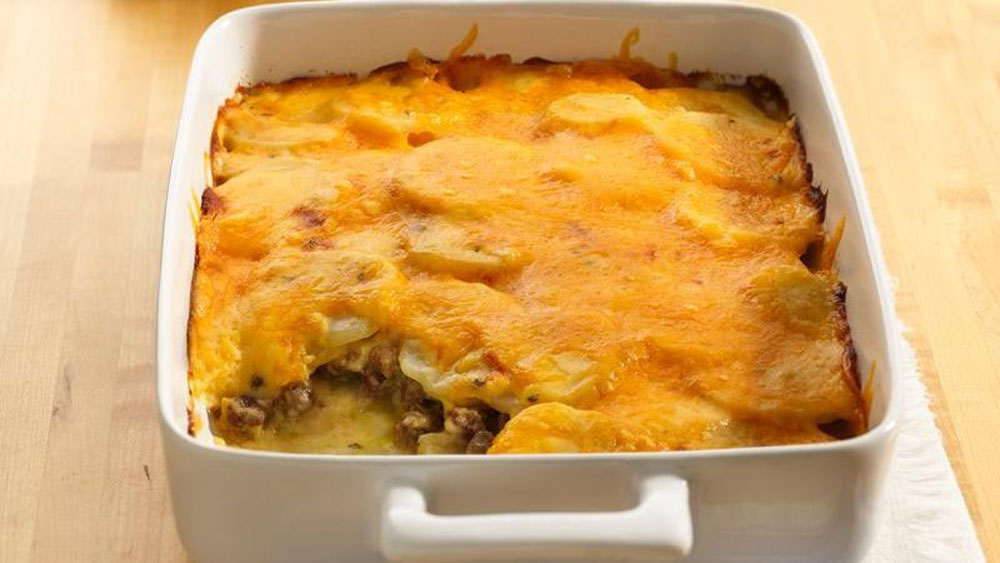 Ground-Beef-and-Potato-Casserole