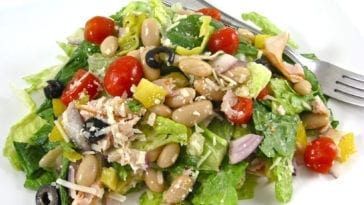 Skinny and Delicious Mediterranean Salad
