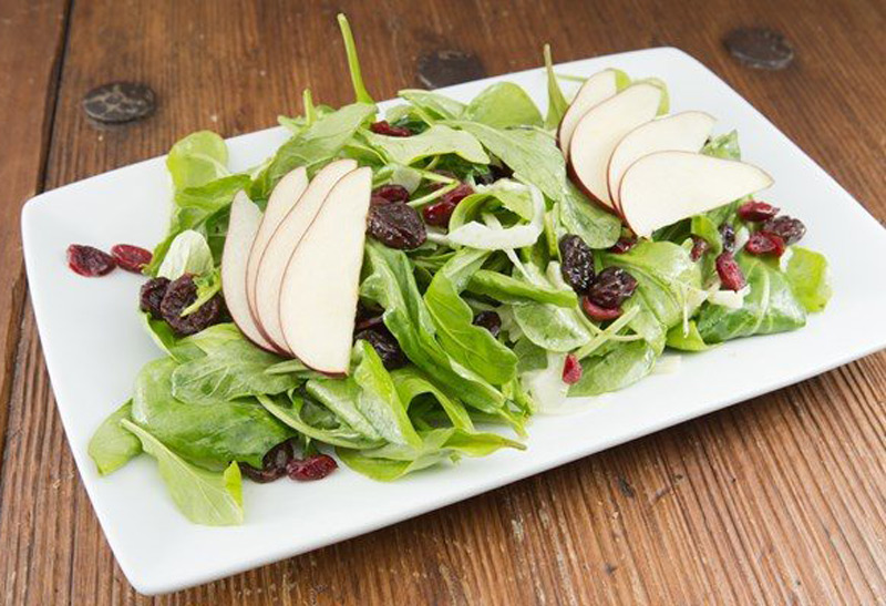 cranberry-pear-and-spinach-salad