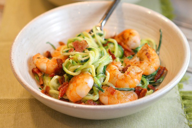 ALFREDO-ZOODLES-WITH-SHRIMP-AND-BACON-