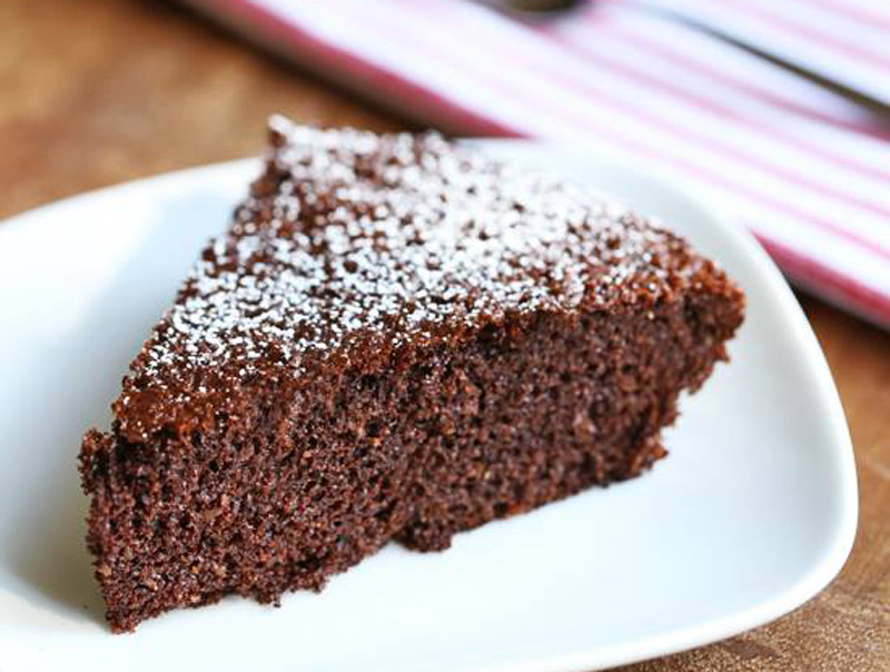 almond-flour-chocolate-cake