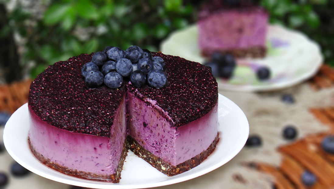 raw-blueberry-cheesecake