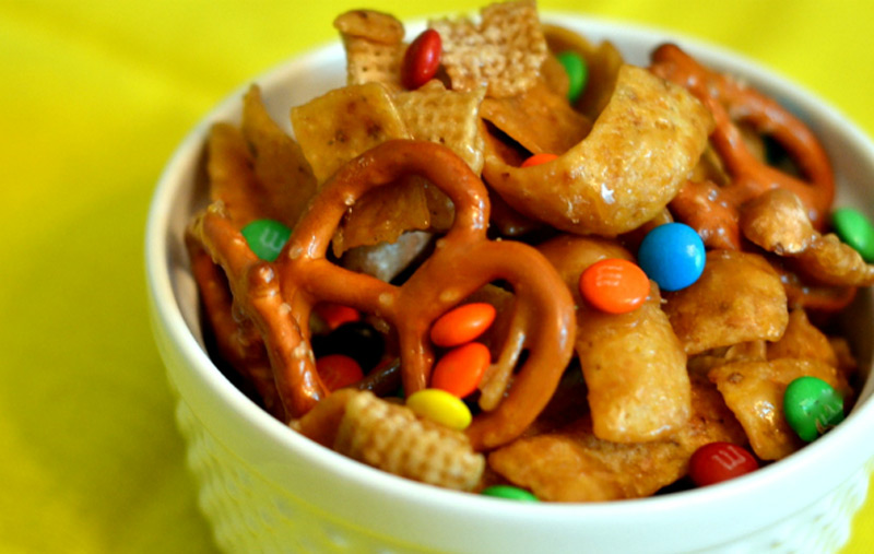 THE-BEST-FRITO-SNACK-MIX-EVER