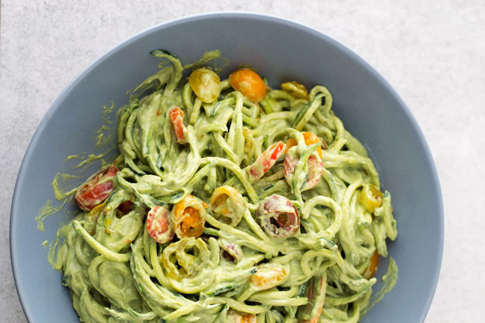zucchini-noodles-with-avocado-sauce-6-680x1020