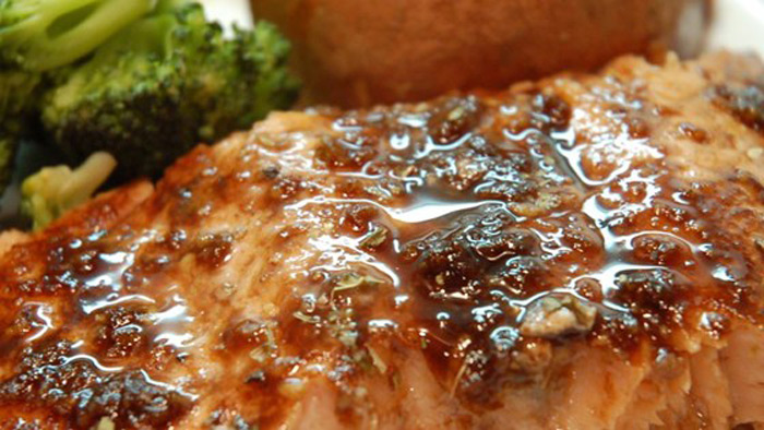 balsamic-glazed-salmon-fillets