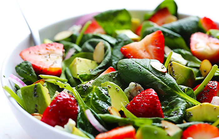 spinach-and-strawberry-salad
