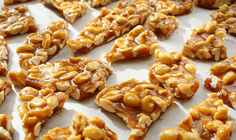 microwave-oven-peanut-brittle